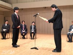 山本雄一(左)中川俊郎日本現代音楽協会副会長