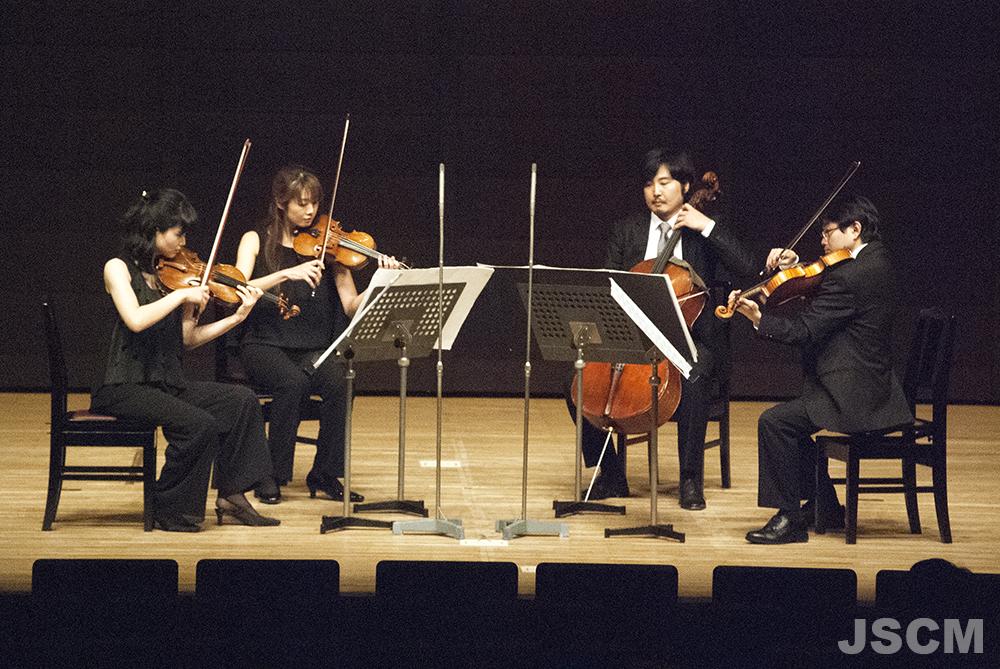 左から、佐原敦子(ヴァイオリン)小杉結(ヴァイオリン)豊田庄吾(チェロ)阿部哲(ヴィオラ)